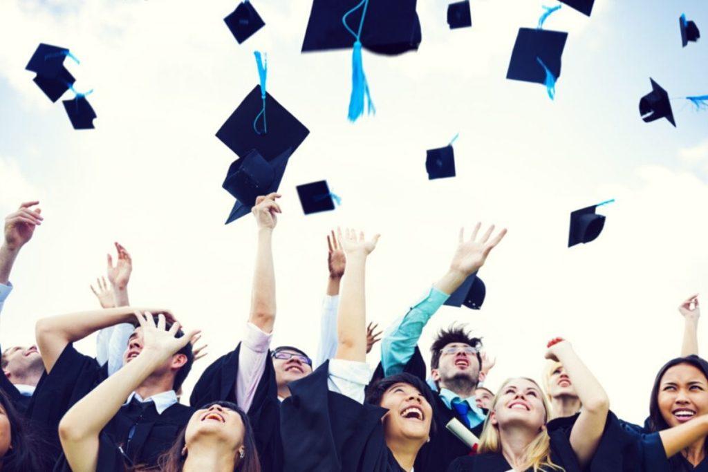Addobbi festa di laurea: alcune idee per le decorazioni