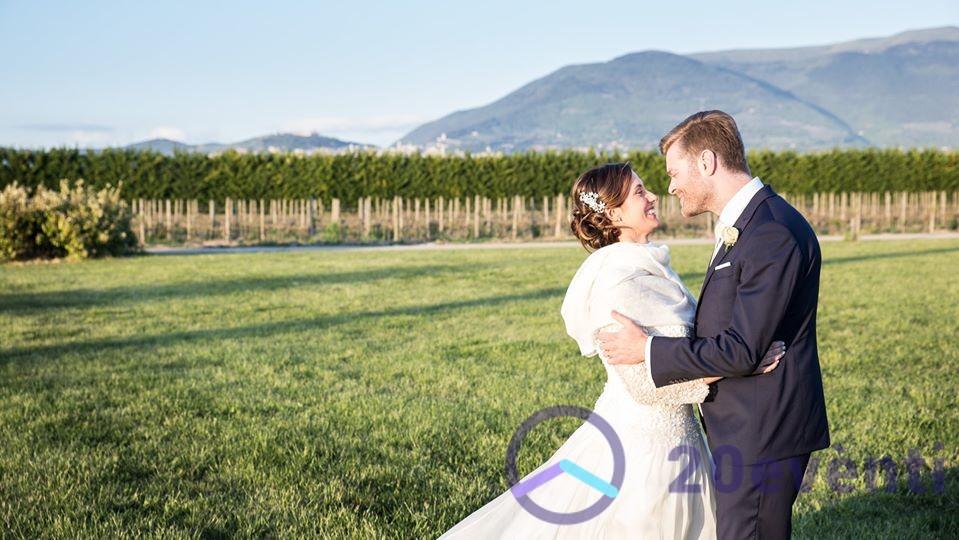 Sempre più stranieri si sposano in Umbria: come mai?
