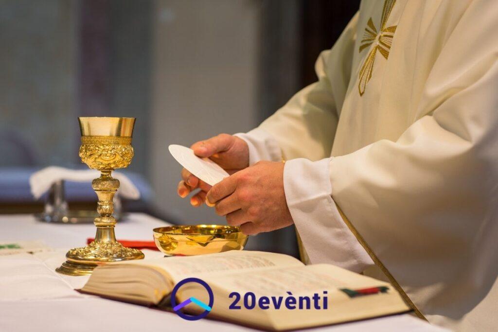Funzioni religiose e coronavirus: tutte le regole per partecipare alle messe con i fedeli